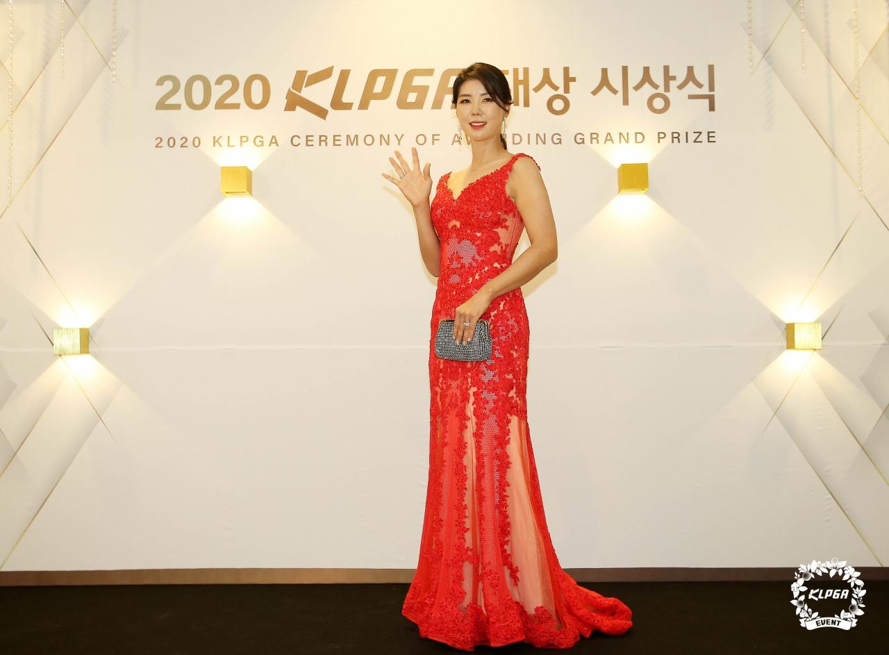 [KLPGA] 허윤경, 김지현, '10년 연속 정규투어 선수만 가능' K-10클럽 가입!