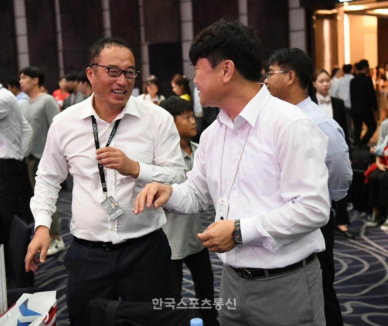 [현장 인터뷰] 7번째에서 서울‧부산 알짜 자원 다수 선점 … LG 백성진 팀장의 표정은 밝았다